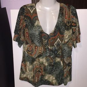 Brittany Black paisley floral top. Size XL.